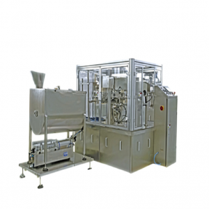 Liquid bag packing machine with pump